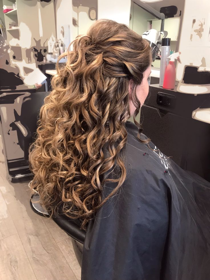 Lang Haar Krullen Feestkapsel Feestkapsel Lang Haar