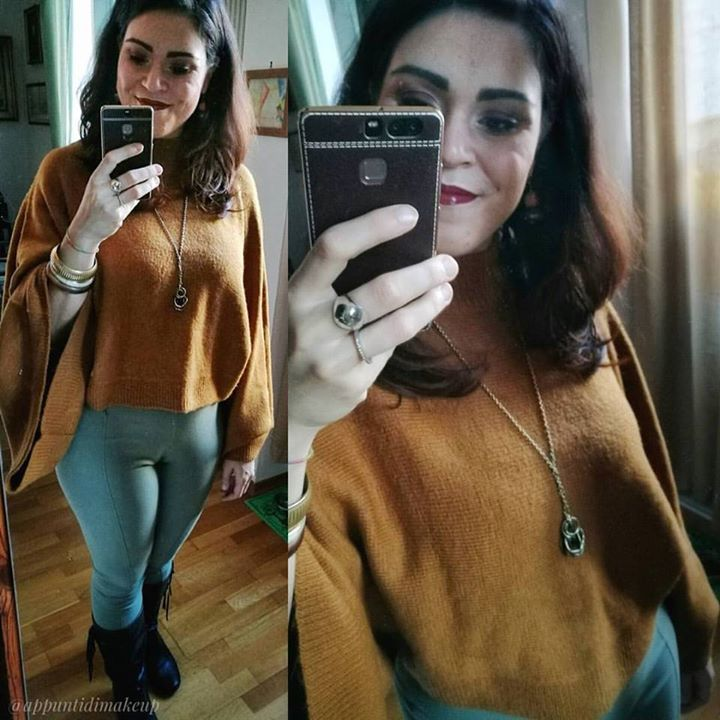 Nelle scorse settimane ho fatto un po' di ordini di vestiti online che stanno cominciando ad arrivare. Questo maglioncino con le maniche di pipistrello ad esempio l'ho preso su @forever21 a 24 e sono veramente molto soddisfatta dell'acquisto  #OOTD #outfitoftheday #outfit #appuntidimakeup #igers #igersitalia #ibblogger #bblogger #igersroma #love #picoftheday #photooftheday #amazing #smile #instadaily #followme #instacool #instagood http://appuntidimakeup.wordpress.com