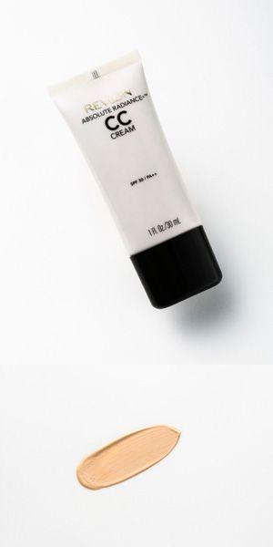 CCクリームのテクスチャーや仕上がり、肌効果などを美容のプロが実際に試してジャッジ。スキンケア効果を重視したものからカバー力の高いものまで、特長や選び方をわかりやすく解説します。美肌に仕上がる使い方のコツは必見!(18ページ目)