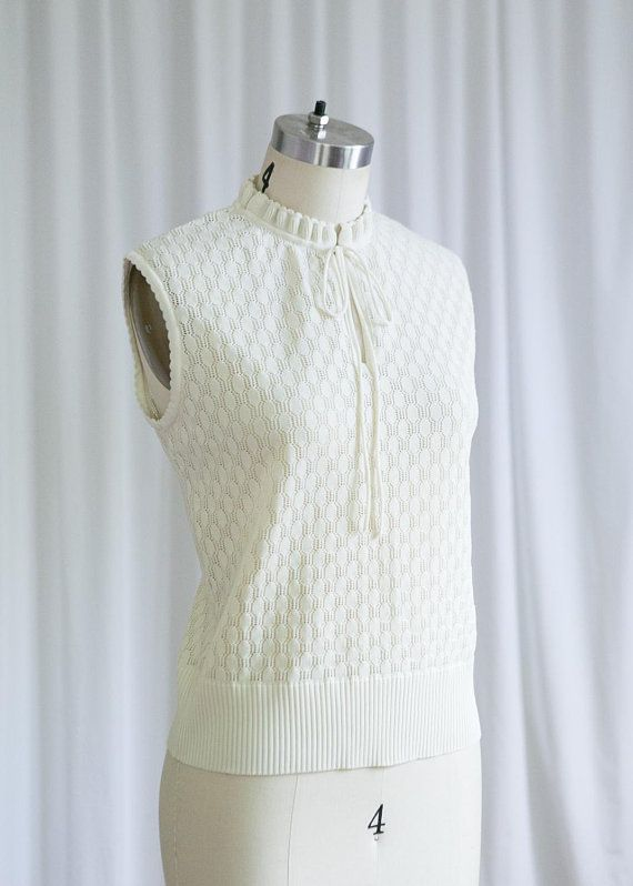 34d87b4aa2bb Beach Day knit top | sleeveless 60s sweater | vintage 60s cream pointelle  knit top | Catalina | vintage 1960s white ivory sleeveless sweater | 1960s  ...