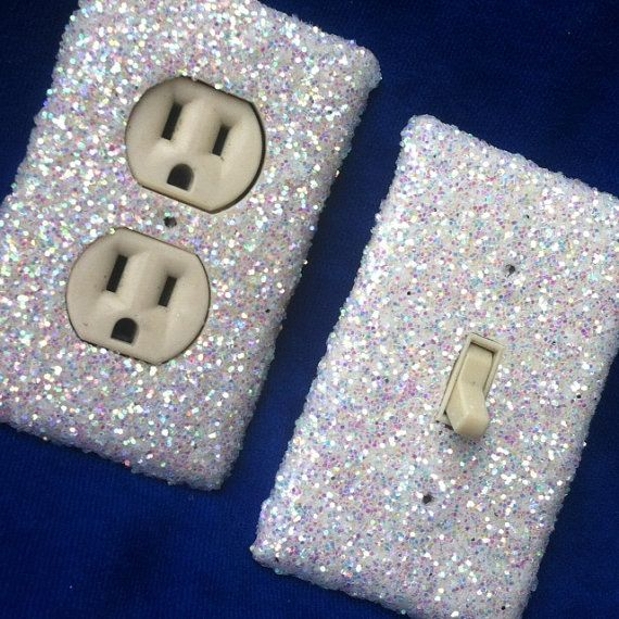 i so want light switch and outlet covers like this!!