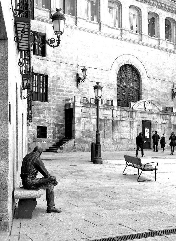 La Latina es hermosa. «@CallejeandoMad Plaza de la Paja #Madrid me gusta La Latina #CallejeandoMadrid pic.twitter.com/l1zi0i0rkf»