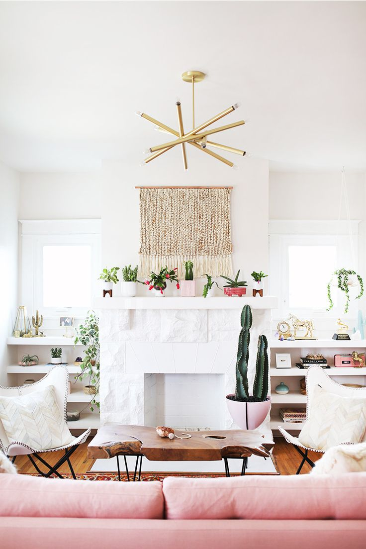 See This Country Stars Chic Living Room Makeover