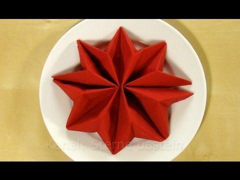 Servietten falten Anleitung: Sterne Weihnachten steht vor der Tür und da wollte ich euch diese Tischdekoidee nicht vorenthalten. Mit ein wenig Übung hat man diesen Servietten-Stern innerhalb weniger Minuten gefaltet. In diesem Tutorial verwende ich eine einfache Papierserviette aus dem Drogeriemarkt. Diese Serviettenfalttechnik eignet sich bsp...