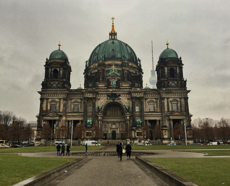 #berlinerdom #berlin #cloudy #travel #old #arhitecture #cathedral