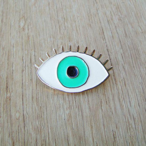 GREEN Eye Enamel pin - Eye brooch - Evil Eye pin's - eyeball pin s - third eye pins - jewelry fun kitsch enamel brooch