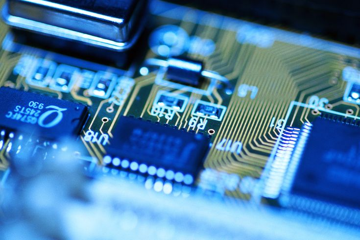 We can help with all your IT needs including hardware procurement, software installations & network setups. #procomIT