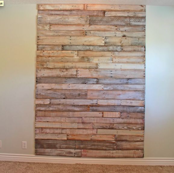headboard made out of old pallets