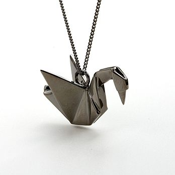 black swan origami necklace $186: Metal Origami, Jewelry Necklaces, Origami Jewellery, In Shape