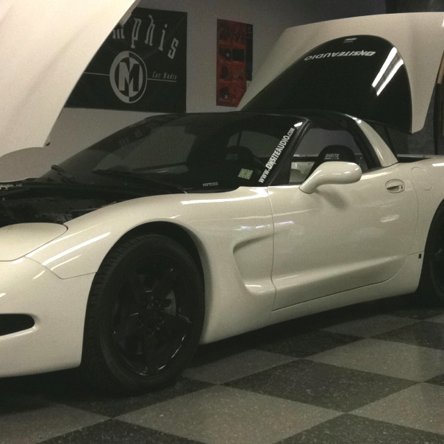OnSite Audio Corvette!!! Custom car audio, Car audio