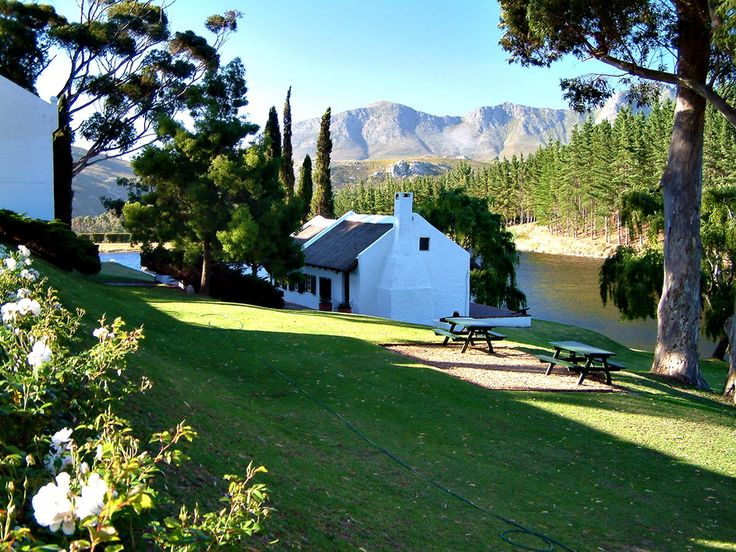 Hamilton Russell Vineyards in the Hemel & Aarde valley near Hermanus, South Africa.