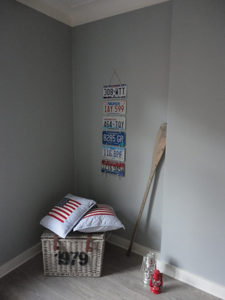 American style room. Wallcolour. Dutch grey Painting the Past.