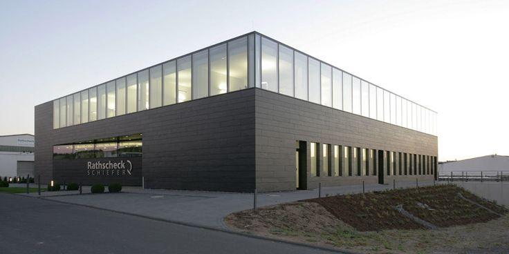 Rathscheck Schiefer hat ein neues Schulungs- und Veranstaltungsgebäude
