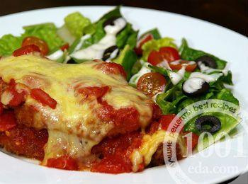 Куриные отбивные в духовке с сыром и помидорами
