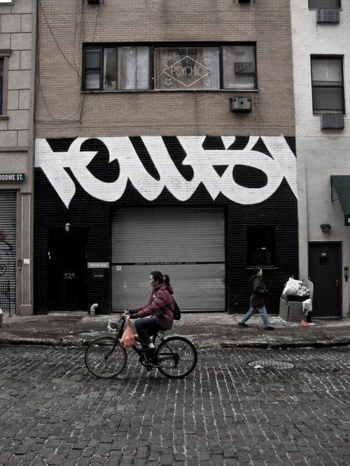 FAUST, WHITE BOX GALLERY FACADE: faust graffiti on white box gallery's facade in nyc. perfect.