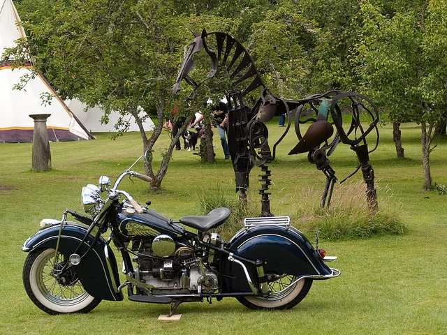"""""""Old Indians Never Die"""" International Indian Motorcycle Rally"""