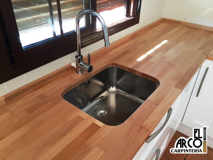 8 best images about cocina mdf lacada en color blanco for Encimeras de cocina de madera maciza