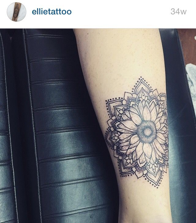 Tattoo womens hippie boho mandala sunflower flower