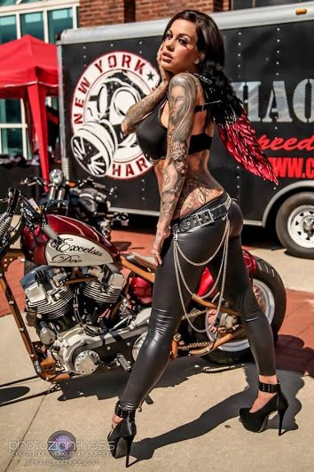 Make a Date to Go Riding With Someone You Meet at UK Biker Dating