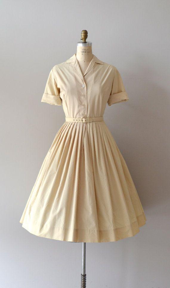 1950s dress / vintage 50s shirtdress / Amandel shirtwaist dress