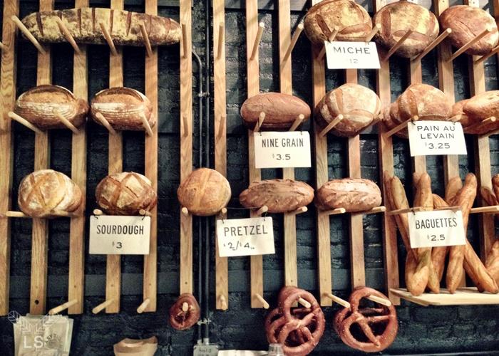 Bread display wall