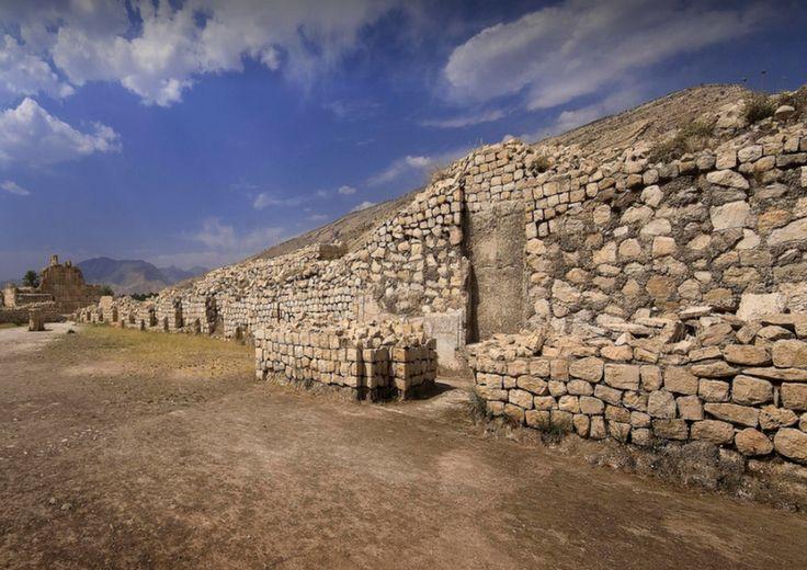 bishapur  http://iranclassictravel.nl #iran #persia #middleeast