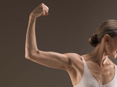 What Exercises Get Rid of Underarm Rolls and Flab?