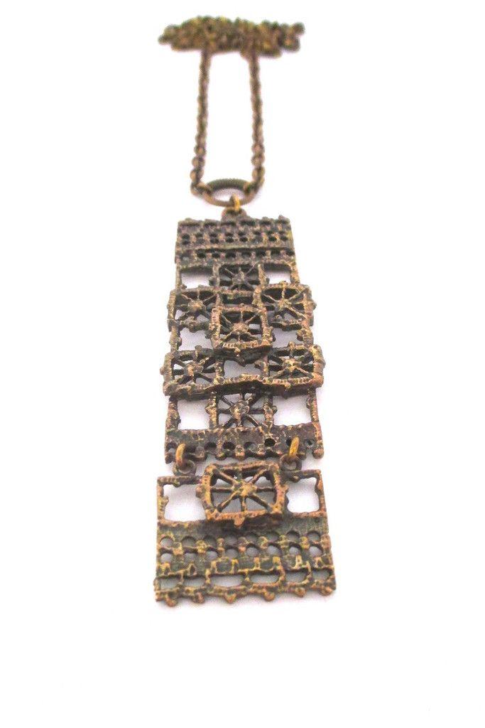 Pentti Sarpaneva, Finland - large brutalist bronze kinetic 'Pitsi' necklace #bronze #Finland #necklace