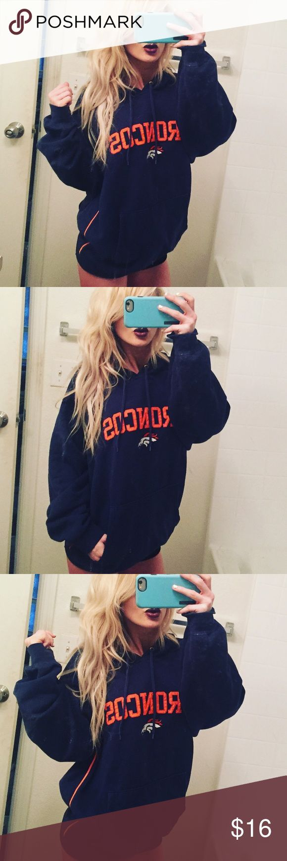 🐴 Denver Broncos pullover Hoodie Size large Denver Broncos large pullover hoodie. Pre-owned but good condition. NFL Tops Sweatshirts & Hoodies