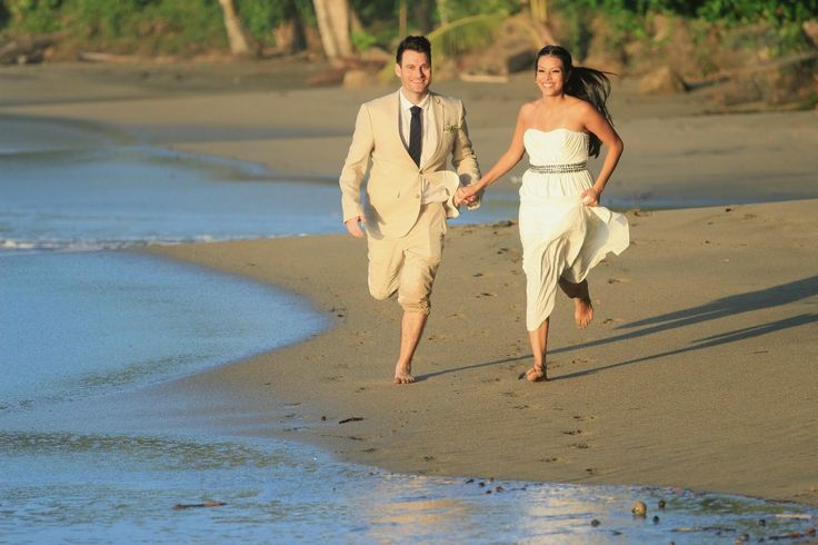 #Romantic #wedding for 2 in the #sun. Chris & Laura joined us from the UK for a beautiful beach wedding. Feel free to share