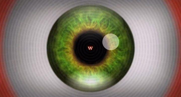 Les illusions d'optique trompent notre système visuel et aboutissent ainsi à des déformations de la réalité. Il en existe de tous genres et des plus ou moins efficaces : de la simple photo à la vidéo élaborée, tout est bon pour pousse...