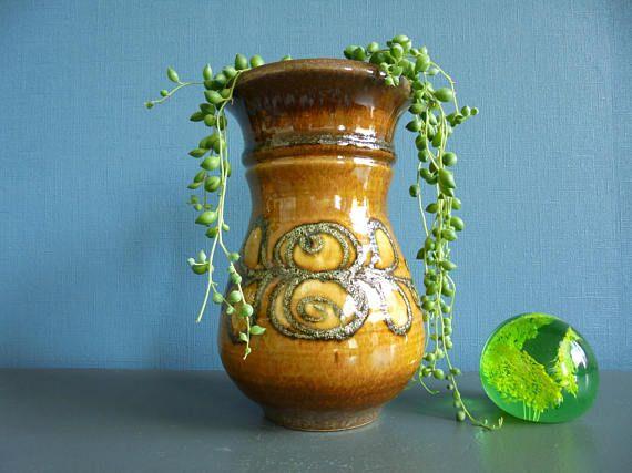 Oost Duits keramiek vaas aardewerk vaas mid century modern fat