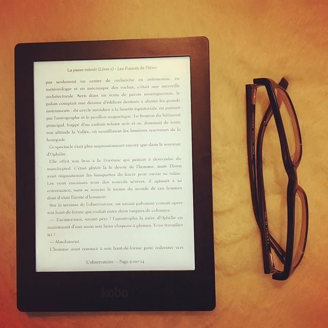 """La Passe-miroir: les fiancés de l'hiver"" : J'ADORE ! 😍 ☃️❄️☃️❄️☃️❄️☃️ . . . #citation #bookstagram #booklover #bookaholic #bookofinstagran #love #instabook #livre #lecture #bookoftheday #instagood #picoftheday #bookporn #livraddict #reading #roman #livre #book #bookaddict #instalivre #lovebooks #bookcover #bookish #bookphotography #bookoftheday #booknerd #bookblogger #christelledabos #liseuse #koboaura"