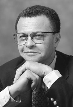 David Levering Lewis, autor de O Islã e a Formação da Europa
