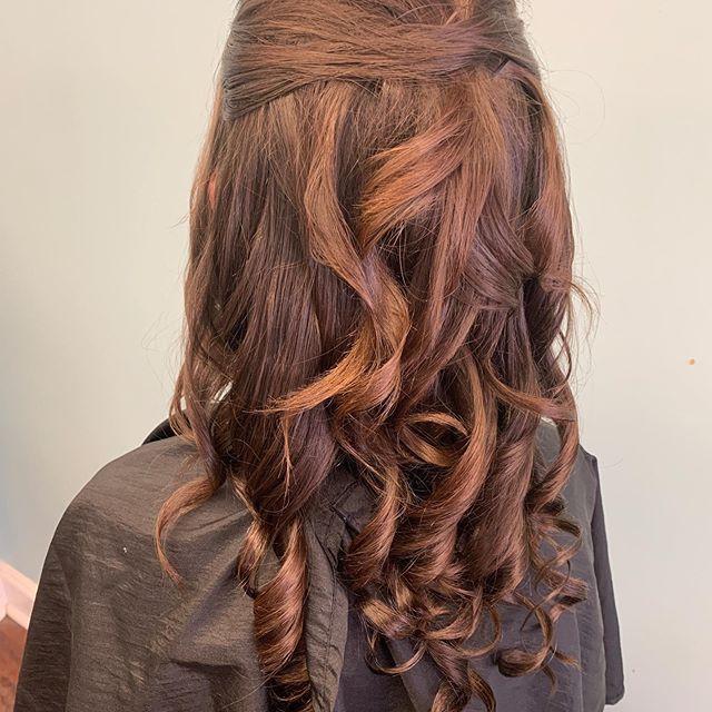 39 Neue Frisur Half-Open – Frisuren Frau – #Frau #…