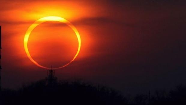 На выходных произойдет необычное солнечное затмение  https://joinfo.ua/inworld/1198469_Na-vihodnih-proizoydet-neobichnoe-solnechnoe.html