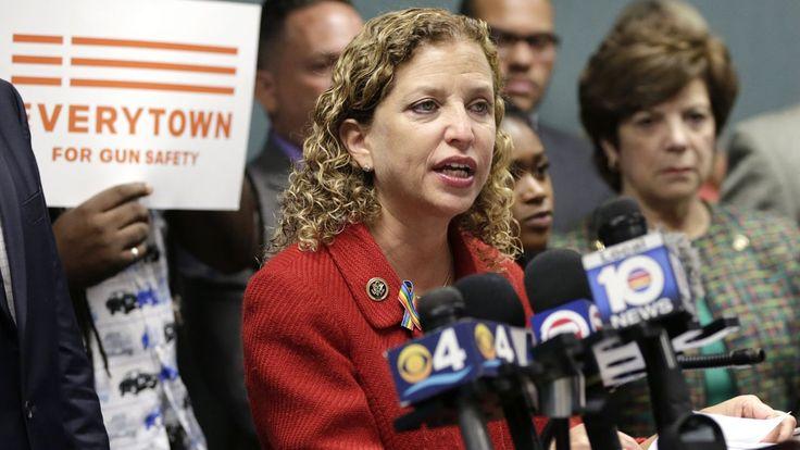 Wasserman Schultz to step down as DNC chairwoman, amid email fallout | Fox News