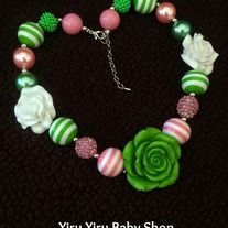 """Most popular chunky necklaces!   *made with large gumball-style pearl acrylic beads *approx total 16-18inches long  *attach with a toggle clasp and has a 3"""" extender chain *great for gifts and look even better in photos shooting *From smoke free and pet free environment  **IMPORTANT** Chi..."""