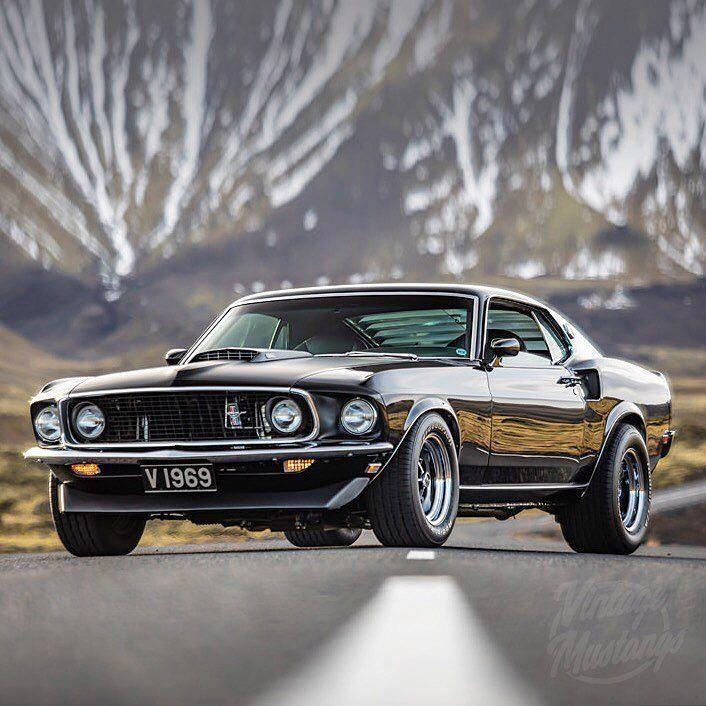 """Vintage Mustangs auf Instagram: """"Sehen Sie sich diese wunderschöne Fahrt an … Auto: 1️⃣9 …   – American way of drive"""