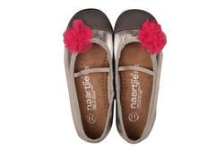 Girls ballet shoes in silver leather, with toe caps and finished with a mesh flower. From Naartjie Kids SA.