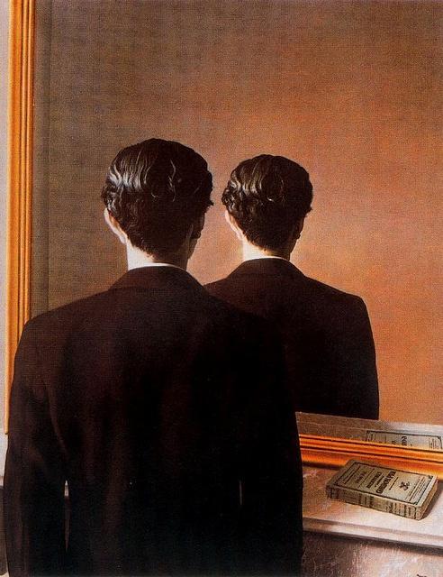 René Magritte - La reproduction interdite (1936)