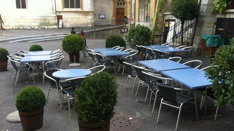 Restaurant Pfauen Ring 7, 2502 Biel/Bienne  Tel: 033/322 49 13 Festnetznr: 078/8948150