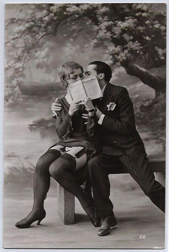 Vintage Black And White Photography | Vintage,couple,photography,romantic,bench,black,and,white ...