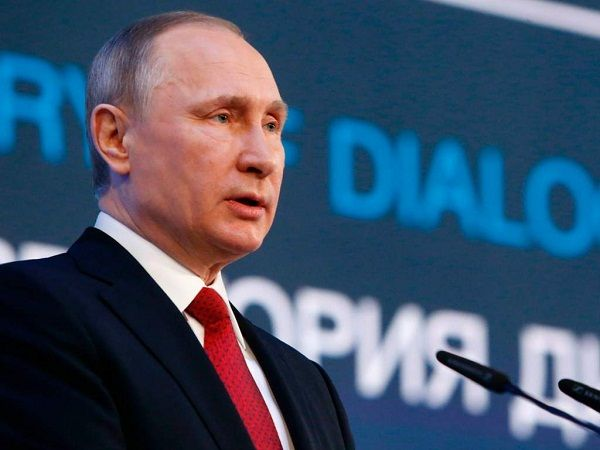 Putin con disposición para hablar con Trump en junio