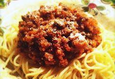 Recept voor echte Italiaanse spaghetti al ragù.