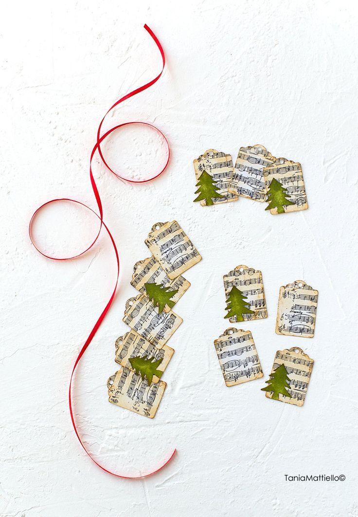 12-Etichette Natale Stile Vintage in Carta-Targhette-Chiudipacco-Segnaposto-Tag-Scrapbooking-Matrimonio-Vintage-Timbro-Albero-Rustico di BolleDiCarta su Etsy