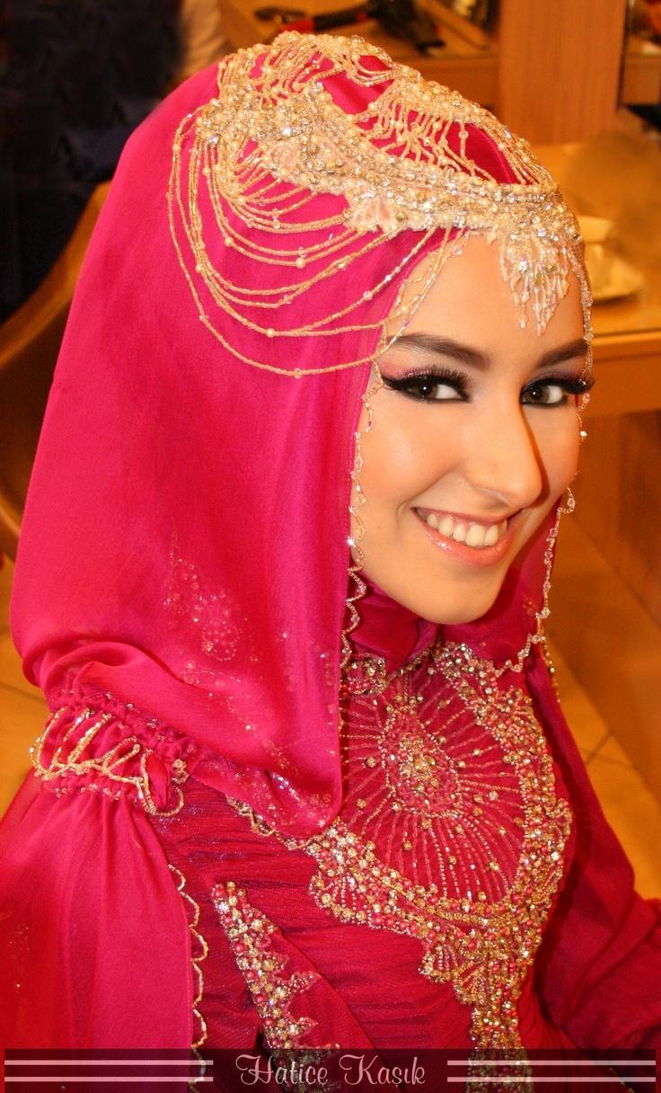 Turkish Brides ☪. Muslimah wedding dress.