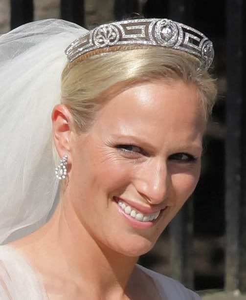 A Clearer Photo Of The Meander Tiara Family Heirloom As Something Borrowed Zara Phillipsroyal