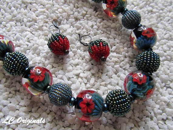 WHEN BLOOMING POPPIES beaded necklace and earrings set