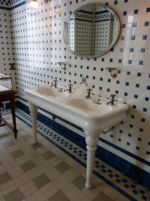 169 Best BATHROOMS Before 1960 Images On Pinterest | Bathroom Ideas, Room  And Art Deco Bathroom